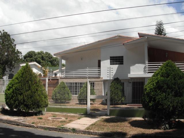 CASA-TERRENO URB. GUAPARO