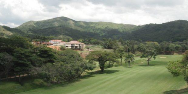 Se vende Casa terreno – Urb. ALTOS DE GUATAPARO